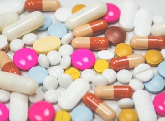 Antibiotics: what are the main drug interactions?