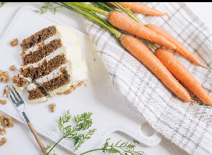 Healthy carrot cake, low in sugar