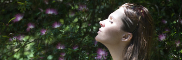 woman breathing copd